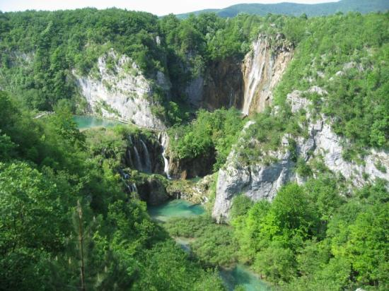 Hotel Jezero: The Plitvice Lakes from above