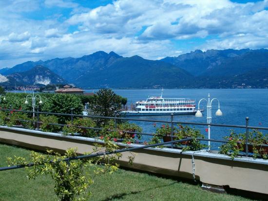 Hotel residence la luna nel porto stresa italien for Hotel saini meuble stresa