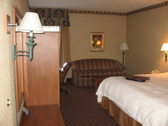 Hampton Inn Pittsburgh / Monroeville: Typical room