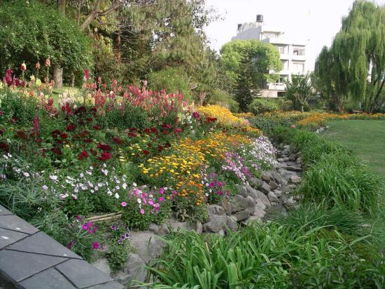 Hotel Yak & Yeti: Courtyard Gardens
