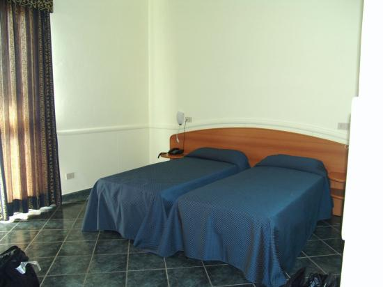 Palacavicchi Hotel: The beds in the room