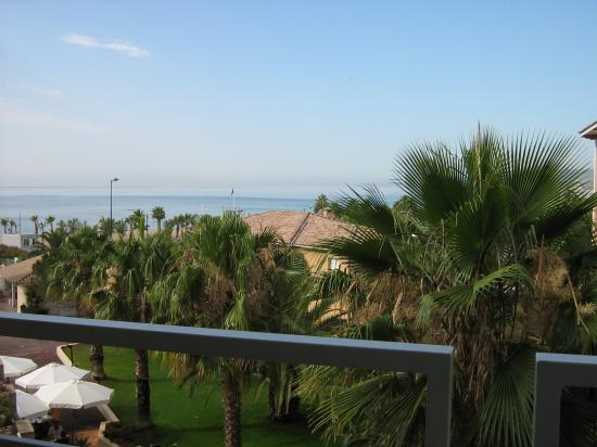 Hotel Thalassotherapie: The view from the balcony
