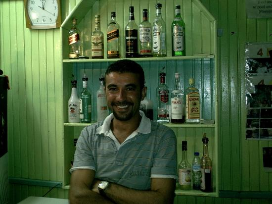 Ozturk Apart: eddie the poser (barman)
