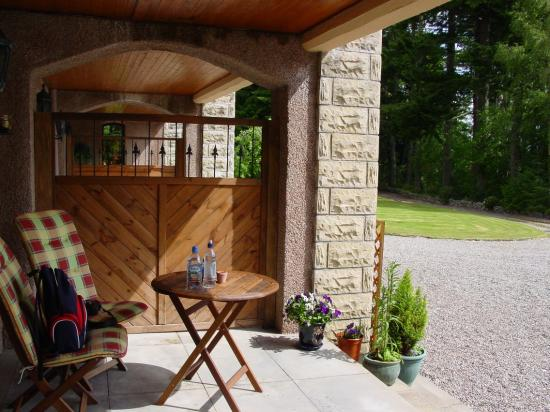 Tigh Na Bruach: Private veranda