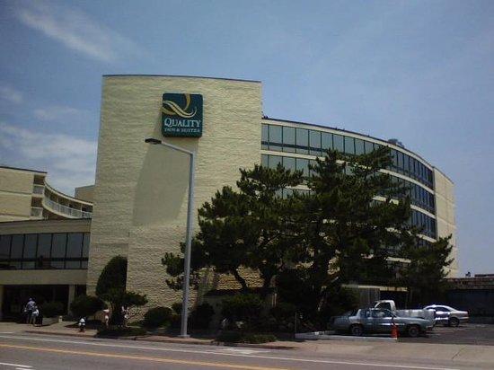 Quality Inn & Suites Oceanfront: quality inn oceanfront