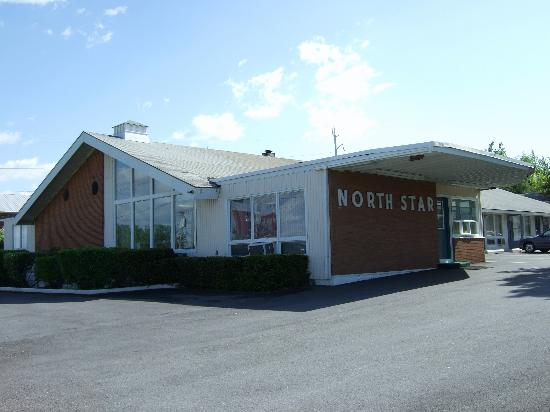 North Star Motel: outside