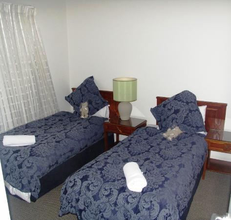 Bentley Suites : Other Bedroom