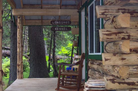 Alaska Creekside Cabins: our porch