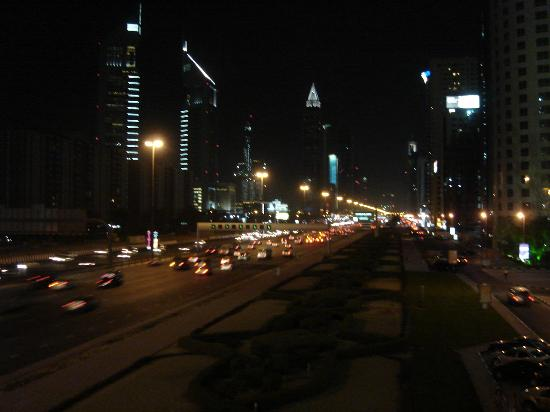 Jumeirah Emirates Towers: Sheik Zayed Road