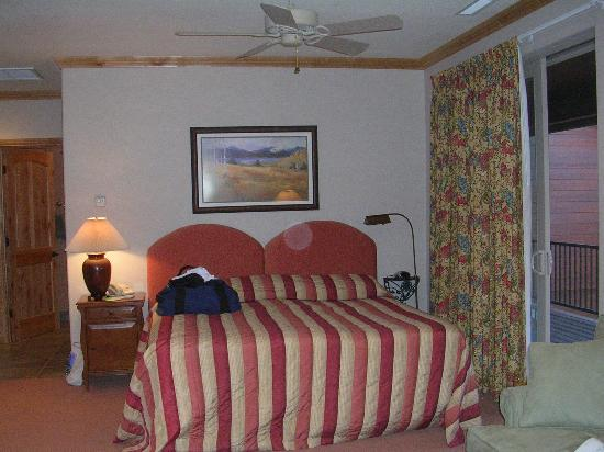 Bailey Creek Cottages: Bailey Creek Cottage Room(2)