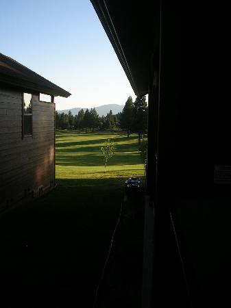 Bailey Creek Cottages: View of driving range from balcony