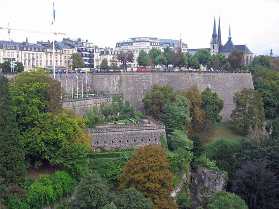 Luxemburg, Luxemburg: View of Bock Casemates from the Bridge