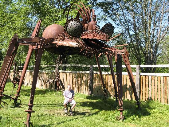 Wisconsin: Big spider-thing