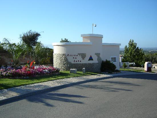 Colina da Lapa: Entrance to the resort