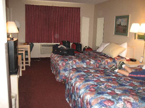 كومفورت إن بيرلنجتون: Our room