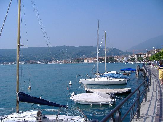 Salo Harbour