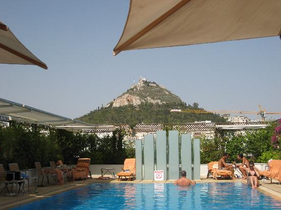 Hotel Grande Bretagne, A Luxury Collection Hotel: pool view