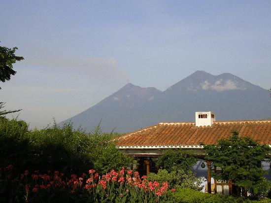 Quinta de las Flores : Volcano view