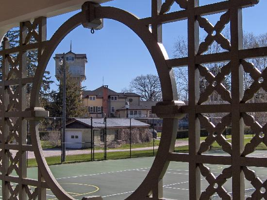 The Briars Resort & Spa: The view from the hotel's tennis courts.