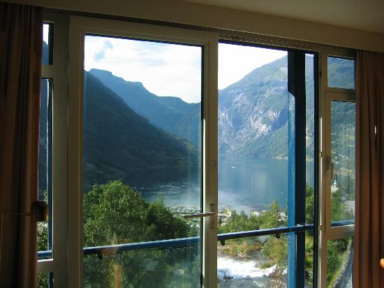 Hotel Union Geiranger: Fantastic view from the coach!!