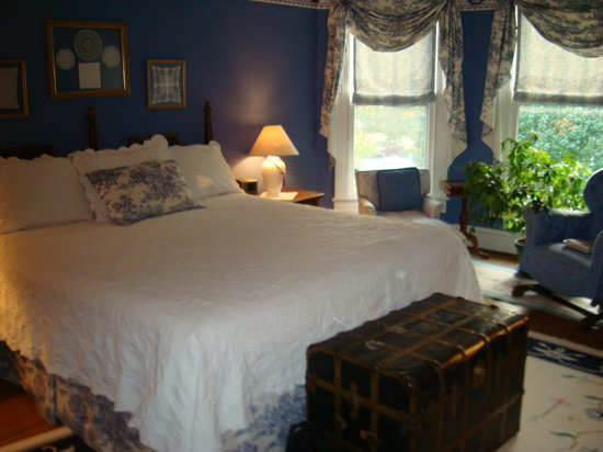Cape Charles House Bed and Breakfast : Our bedroom