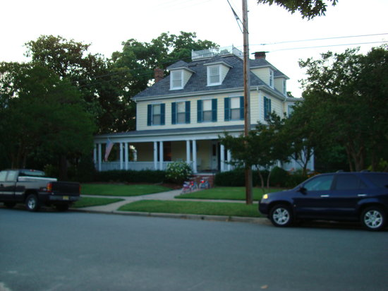 Cape Charles House Bed and Breakfast : Exterior