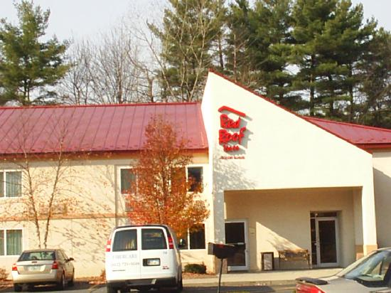 Red Roof PLUS+ South Deerfield: Red Roof Inn