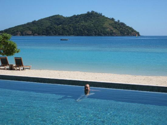 Likuliku Lagoon Resort : Castaway Island from the pool