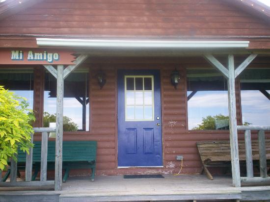 Broadleaf Guest Ranch: #rd cabin