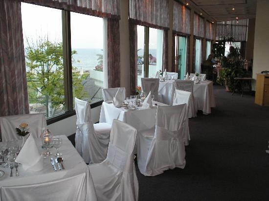 Constantinou Bros Athena Royal Beach Hotel: the Aprodite a la carte restaurant