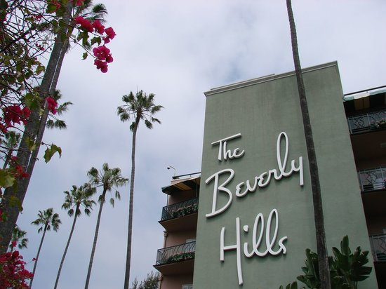 The Beverly Hills Hotel: facade