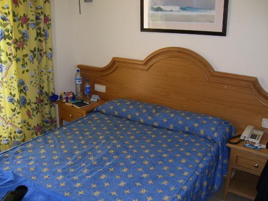 Grupotel Amapola: Hotel room