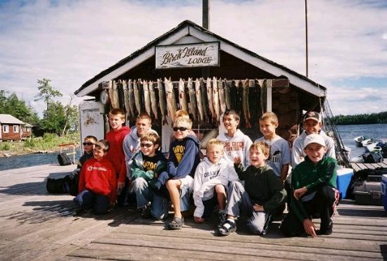Manitoulin Island, Canada: HAPPY KIDS AFTER A DAY OF PIKE FISHING