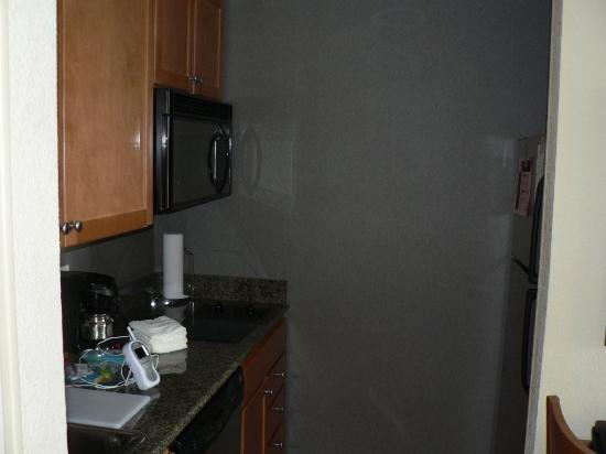 Homewood Suites by Hilton Bethlehem Airport : Kitchen Area