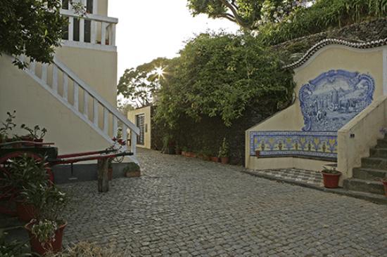 Quinta da Abelheira: Courtyard