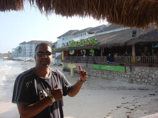 Coral Mar: where I will be partying in Playa Del Carmen