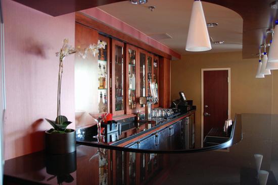 Courtyard Denver Cherry Creek: bar