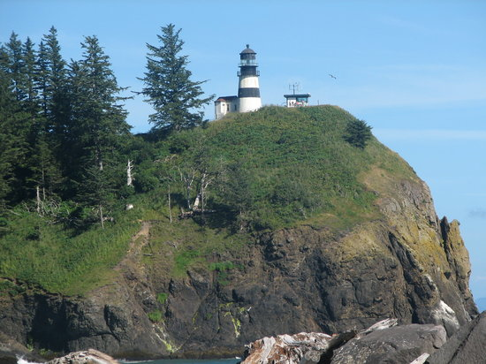 Ilwaco, WA: Cape Disappointment Lighthouse from the jetty