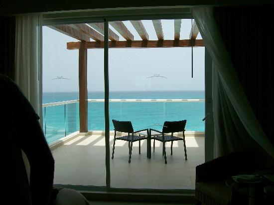 Sun Palace: Our balcony-Room 624