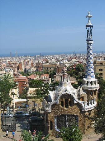 Caprici Verd: The view of Barcelona from Park Guel