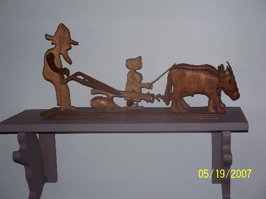 Dover, DE: More craft from the master whittler