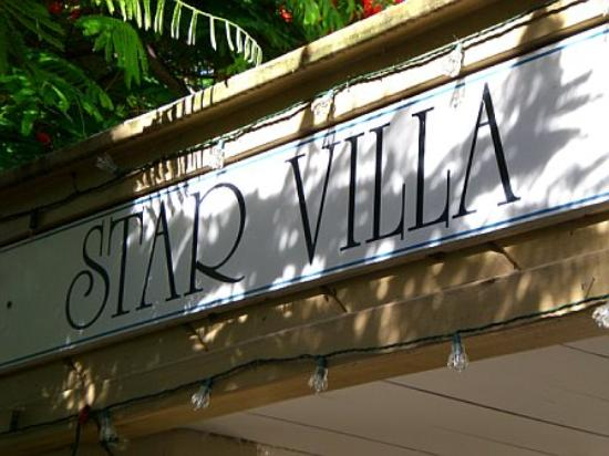 Star Villas: Sign