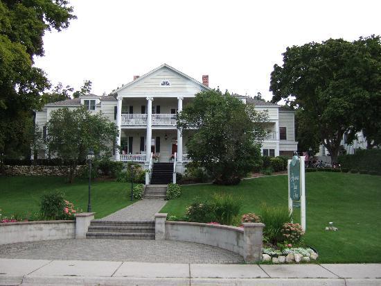 Harbour View Inn