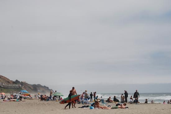 Manresa State Beach: Beach Goers at Manresa Beach