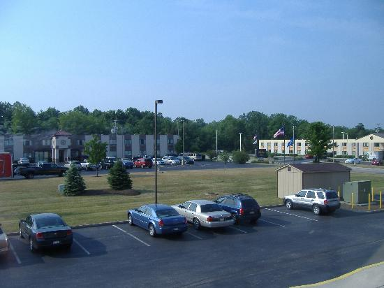Days Inn Gettysburg: view from our room