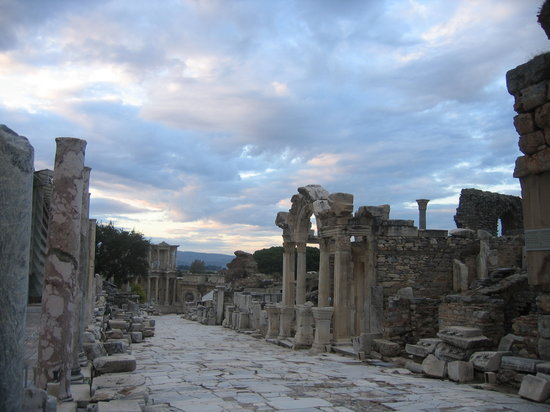 Selcuk, Turkey: Ephesus sunset