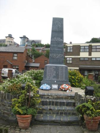 Derry, UK: Bloody Sunday Memorial