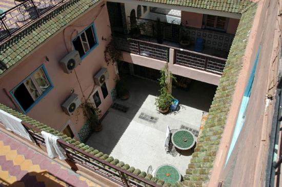 Hotel Ali : The courtyard