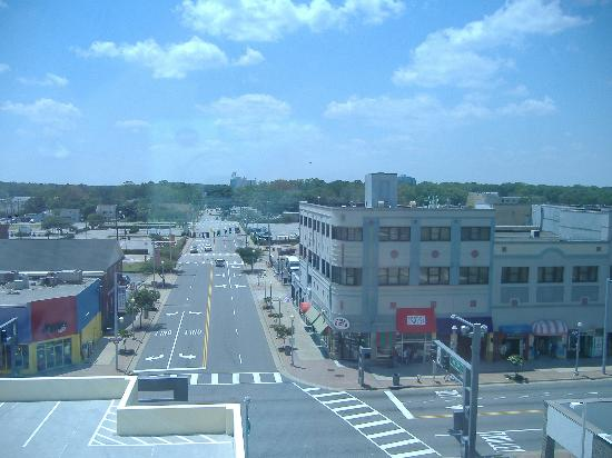 Motel 6 Virginia Beach: view from the corridor 5th floor