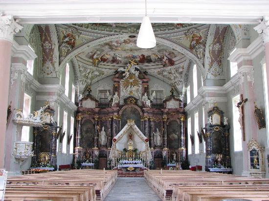 Neustift im Stubaital, Østerrike: Neustift Church
